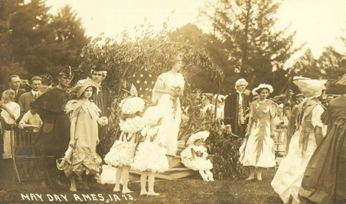 17_1913_isc_may_day_postcard_2_s