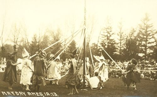 17_1913_isc_may_day_postcard_3_s
