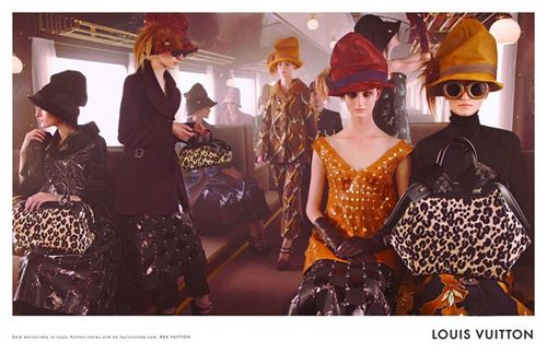 Louis-Vuitton-Fall-2012-Campaign_thumb